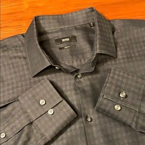 HUGO BOSS LS Button Down Dress Shirt (M-16)